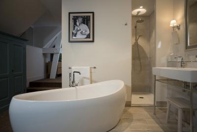 Suite (Salle de bains)